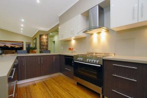 Before You Buy Glass Splashbacks: 3 Things You Need to Know