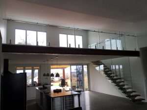 Maintaining Glass Balustrades: Tips to Eliminate Various Scratches