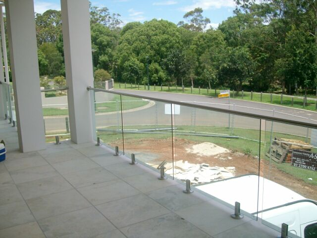What to Know About Maintaining Your Glass Balustrades