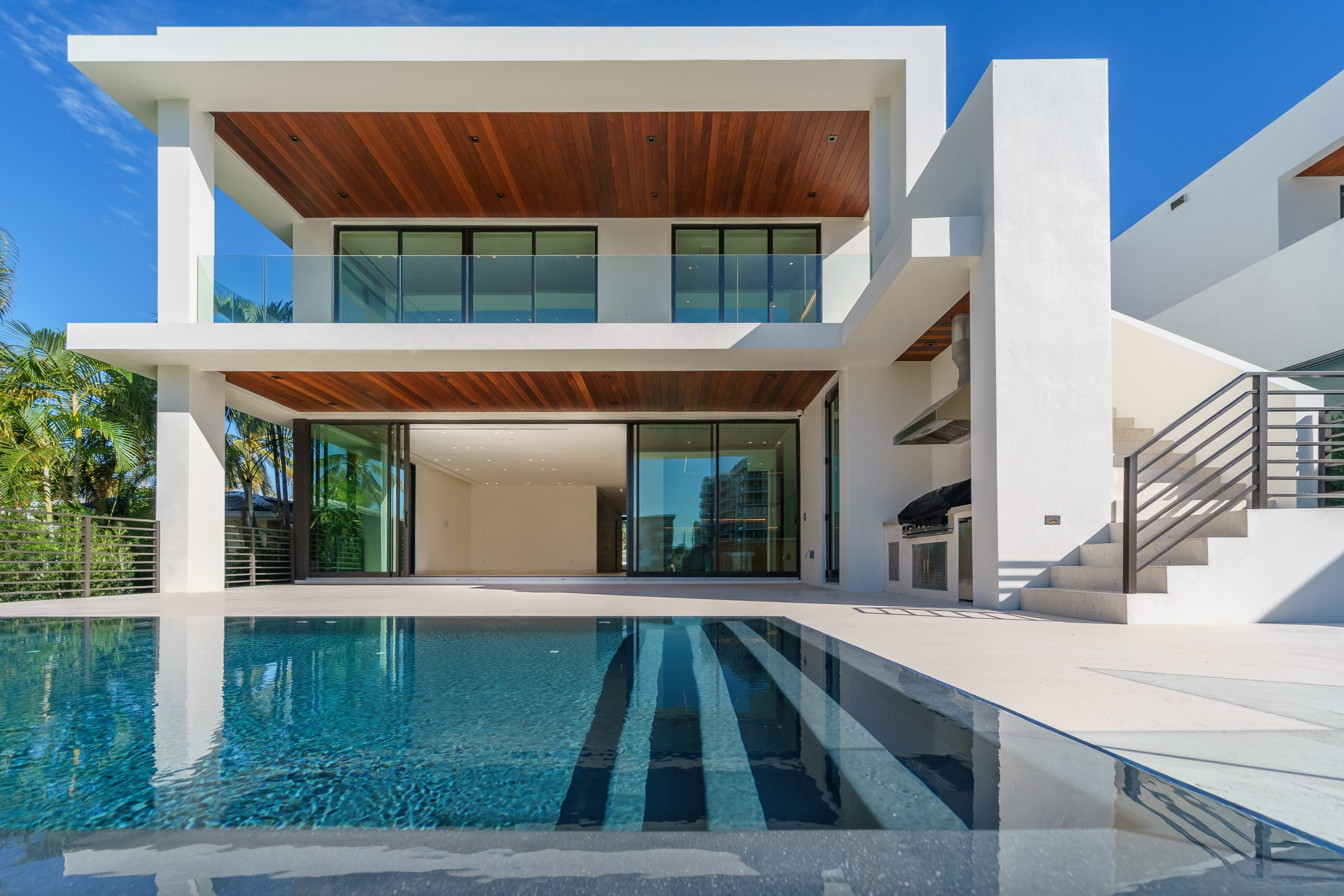 Here's Why You Should Opt for Glass Pool Fencing at Home